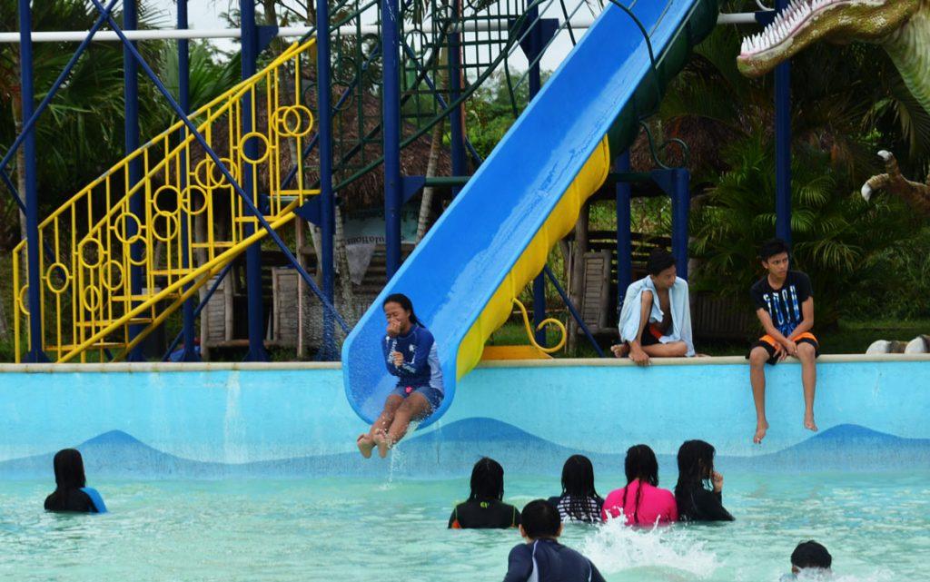 haciendas de naga slide
