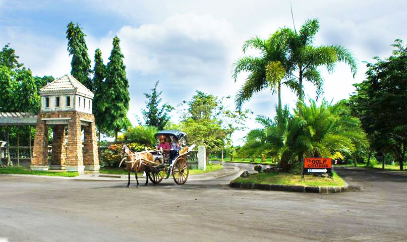 haciendas de naga kalesa carriage ride