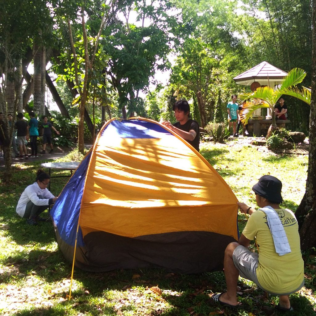 eco-tour-haciendas-de-naga-pitching-tent