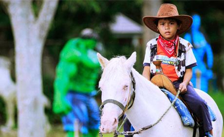 Haciendas De Naga Horeseback Riding