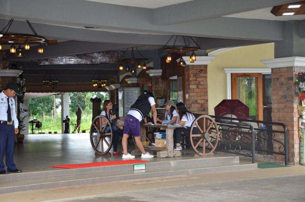 haciendas-de-naga-lobby-2