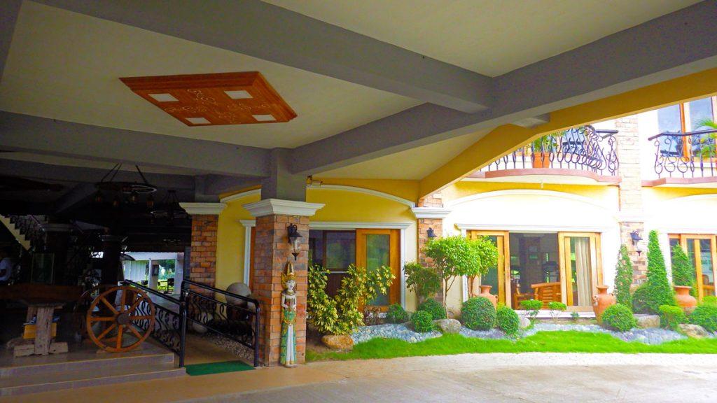 haciendas-de-naga-lobby-5